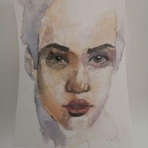 akwarelowy-portret-dziewczyny-na-zajeciach-dla-mlodziezy-w-akademia-rysunku